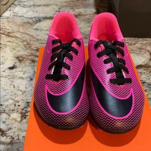 Girls Nike Soccer Cleats